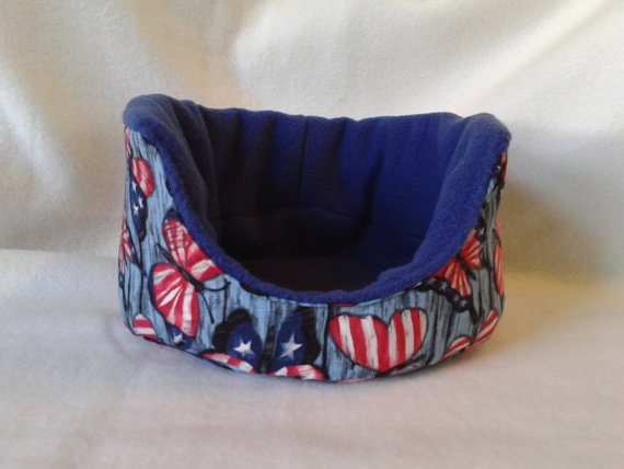 Patriotic Cuddle Cup for Guinea pigs, hedgehogs, and rats.
